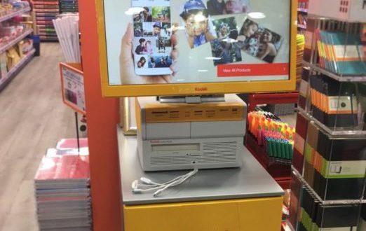 La cadena de papelerías Folder instala un kiosco digital Kodak
